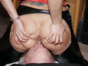 Dutchess electra minx size nylon foot job cumshot
